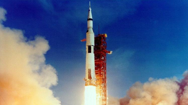apollo11_liftoff2